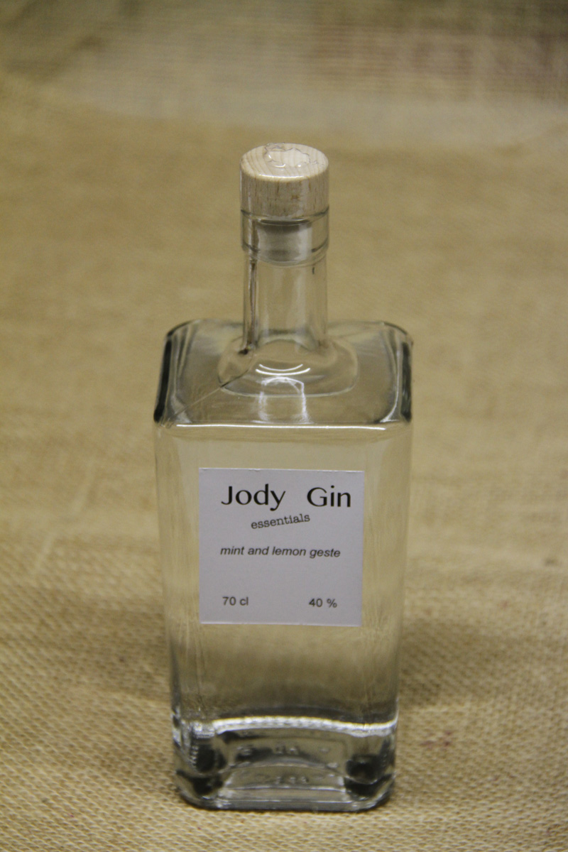 Jody Gin Essentials: munt en citroenschil